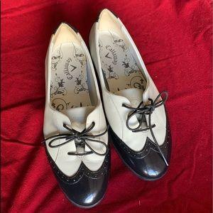 Callaway Women's Bone/Black Wingtip Golf Shoes